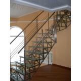 Делаем металлические лестницы из швеллера на 2 этаж сами.